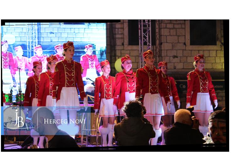 mazoretkinje-karneval-herceg-novi